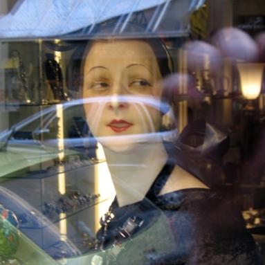 Elisabeth Rass, THE PRINCESS no. 3, Series OTHER REALITIES, Fotografie